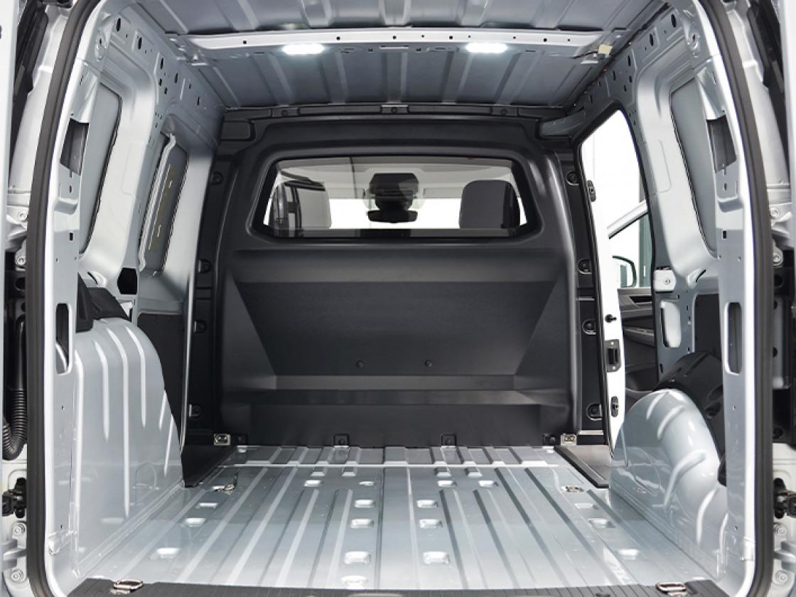 Caddy Cargo-interieur-1
