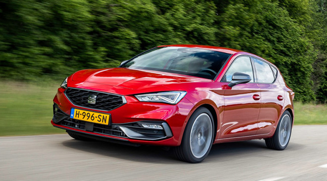 2021-afb-SEAT-Leon-best-buy-car3