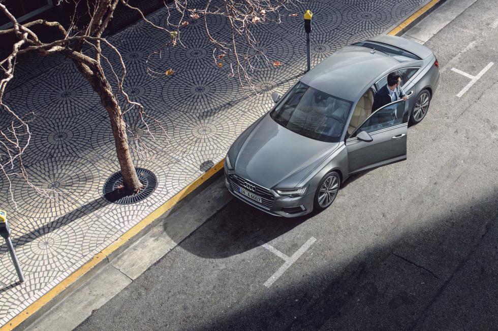 https://axynoohcto.cloudimg.io/crop/980x653/n/https://s3.eu-central-1.amazonaws.com/muntstad-nl/01/092019-a6-limousine-02.jpg?v=1-0