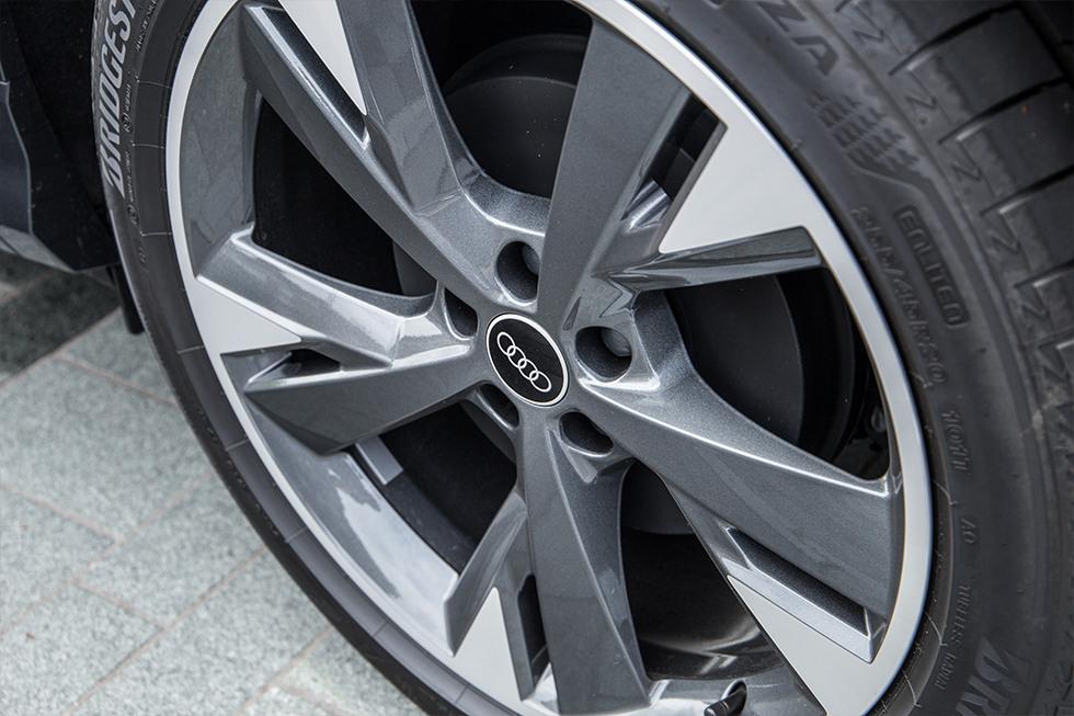 Audi-Q4-E-tron-Muntstad-tm3