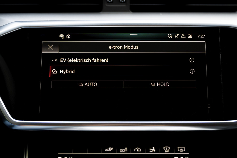 2003-audi-a7-sportback-TFSIe (2).jpg
