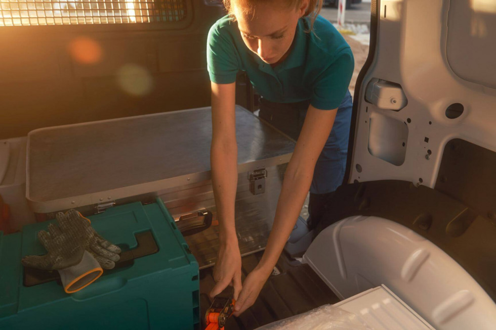 2012-vw-bedrijfswagens-caddy-cargo-011.jpeg