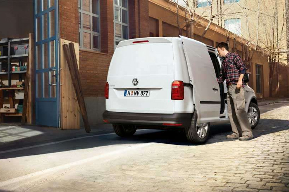 https://axynoohcto.cloudimg.io/crop/980x653/n/https://s3.eu-central-1.amazonaws.com/muntstad-nl/05/201908-volkswagen-caddy-05.jpg?v=1-0