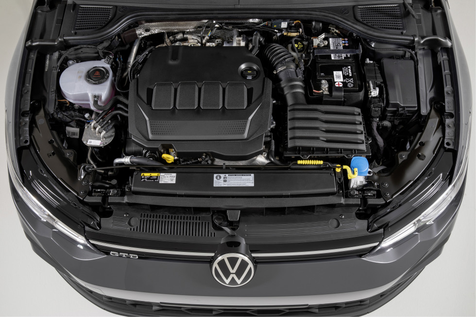 2002-VW-Nieuwegolf (14).jpg