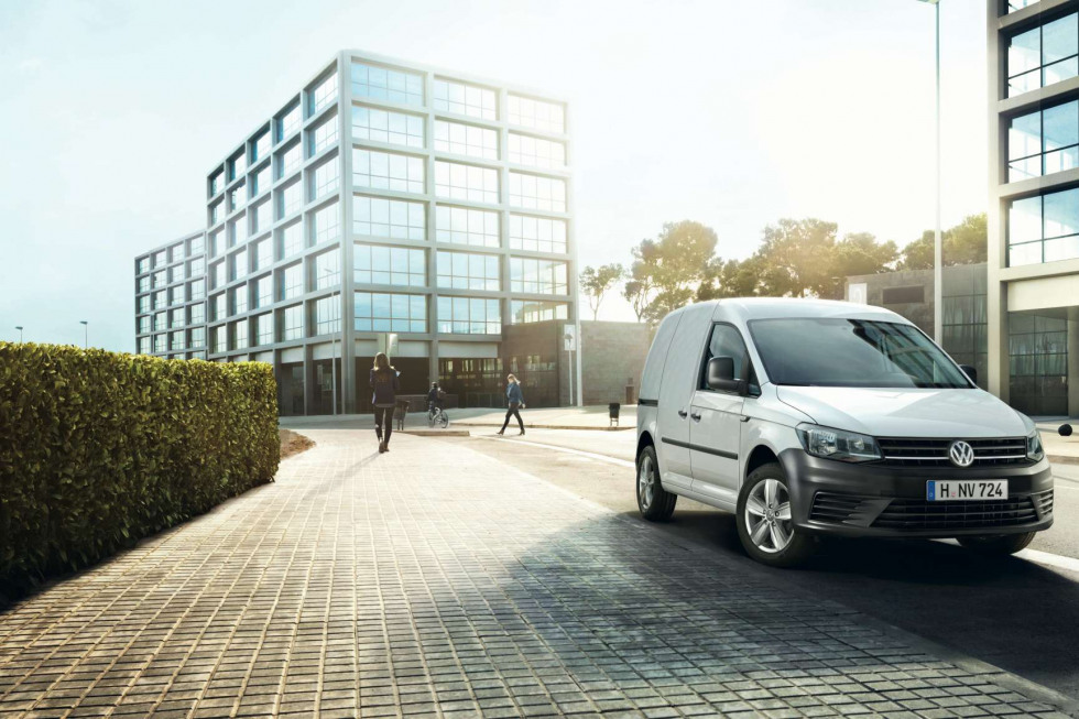 https://axynoohcto.cloudimg.io/crop/980x653/n/https://s3.eu-central-1.amazonaws.com/muntstad-nl/09/201908-volkswagen-caddy-01.jpg?v=1-0
